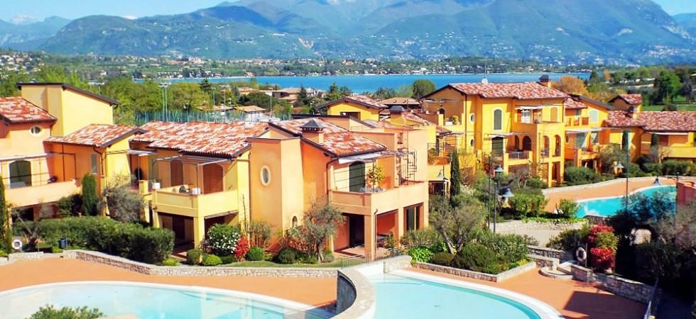 Lake Garda F1, 2 BDR, Sleep 4, Manerba, Lake Garda