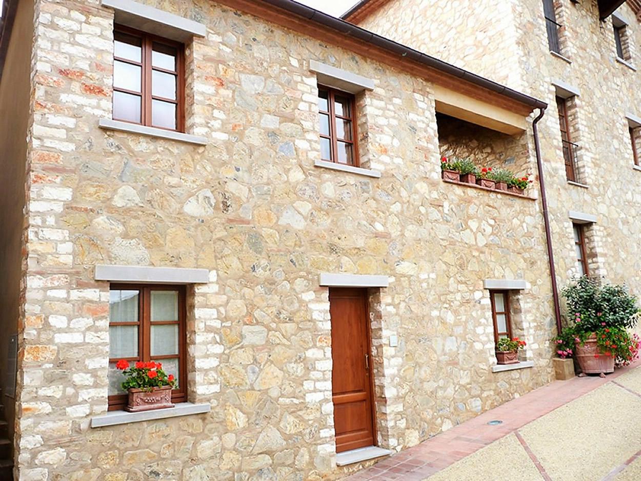 Borgo di Gaiole, Siena, Chianti, Tuscany