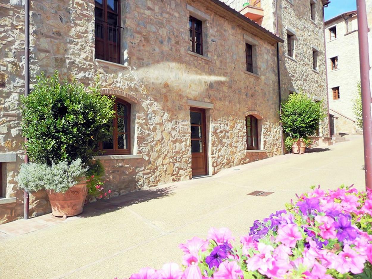 Casa Borgo, 2 BDR, Gaiole in Chianti, Siena, Tuscany