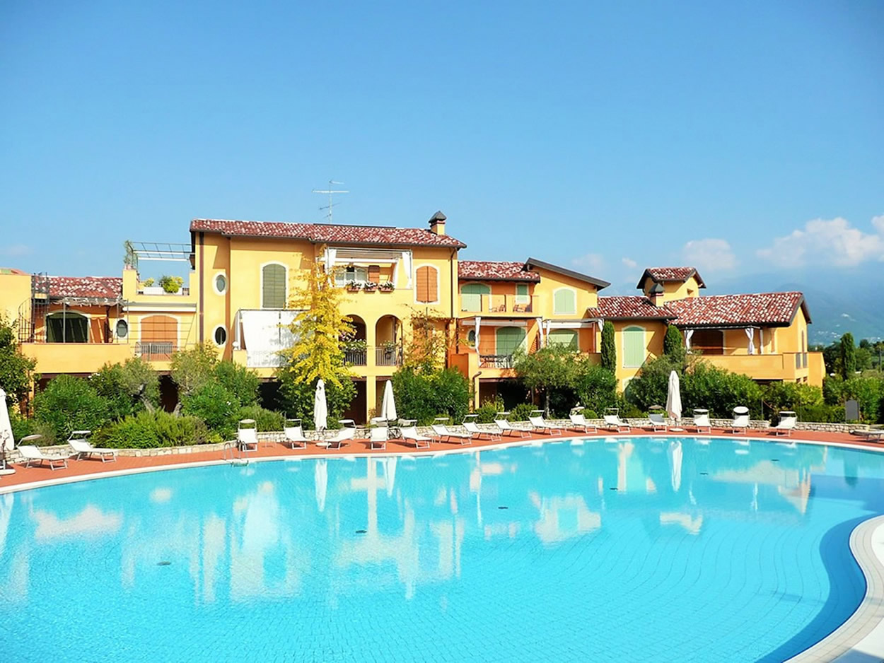 Lake Garda B11, 1 BDR, Sleep 3, Manerba, Lake Garda