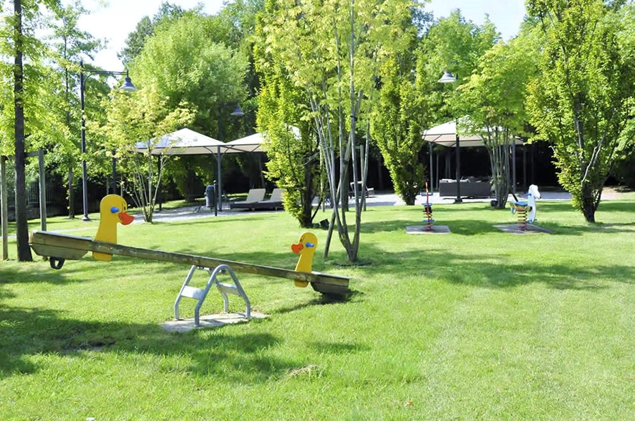 Lake Garda H5, 2 BDR, Sleep 4, Manerba, Lake Garda