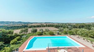 Beautiful villa in stunning location with panoramic pool, Castelfalfi, Florence, Tuscany