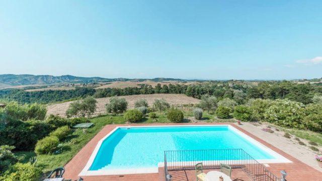 Beautiful villa in stunning location with panoramic pool, Castelfalfi, Florence, Tuscany